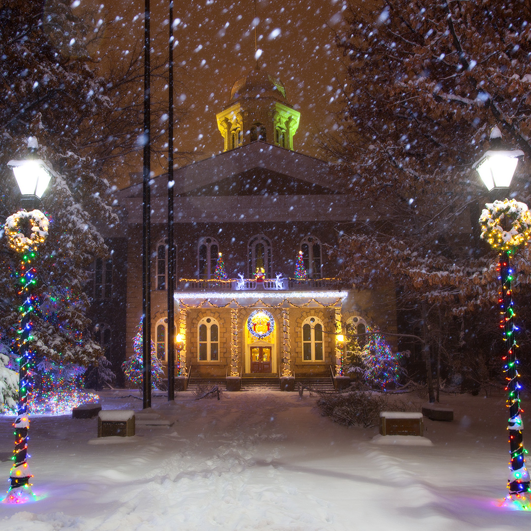 The Happy Outlet Happyoutlet Holiday Events Near Carson City